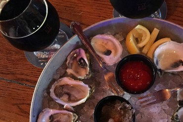Evolution & Oyster Night at Brewhouse